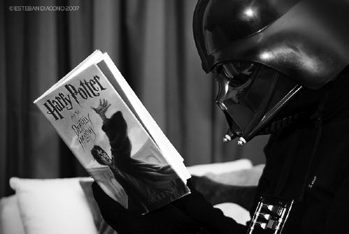 Darth Vader reading Harry Potter